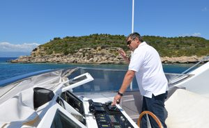 Benefits of Choosing a Local Superyacht Captain in Greece