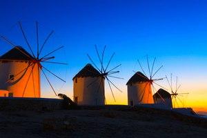 Discover Mykonos