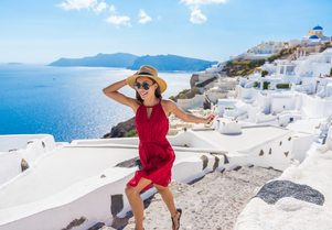 How to spend 24 hours in Santorini on a Greece yacht charter