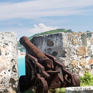 Rusting cannon