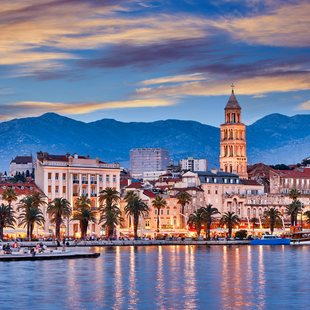 Enjoy Split at Night