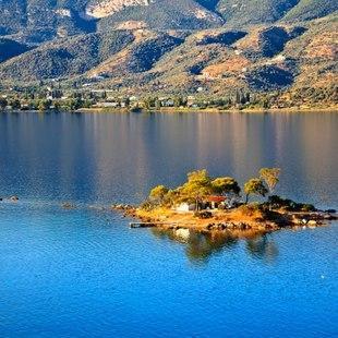 Peloponnesus photo 6