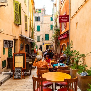 Take a break at a dockside cafe