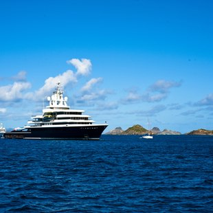 Take to the Waters of St. Barts to Live the High Life