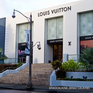 Louis Vuitton and Hermes stores in Guam