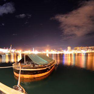 Genoa photo 8