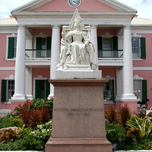 See Queen Victoria in Nassau