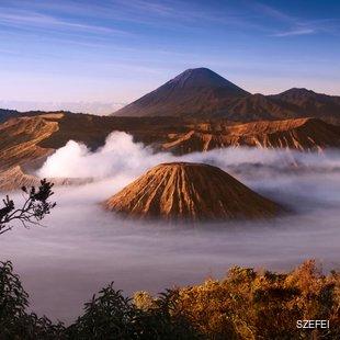 Fog around volcano crater