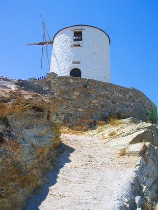 Syros photo 8