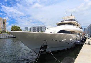 Se7en Charter Yacht at Yachts Miami Beach 2017