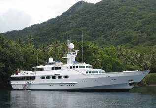 Azteca Charter Yacht at Palm Beach Boat Show 2014