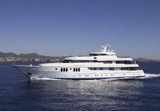 Blue Moon Charter Yacht at Newport Charter Yacht Show 2018