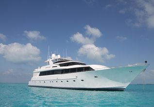 Surfrider Charter Yacht at Fort Lauderdale Boat Show 2014