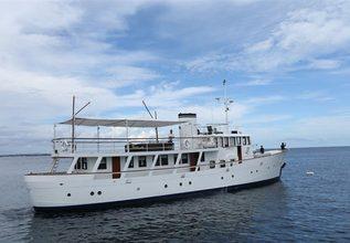 Celandine Charter Yacht at Singapore Yacht Show 2016