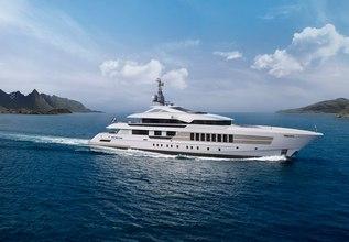 Vida Charter Yacht at Fort Lauderdale Boat Show 2019 (FLIBS)