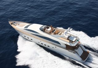 Kisses Charter Yacht at Miami Yacht Show 2018