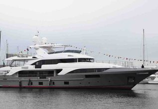 Free Day Charter Yacht at The Superyacht Show 2019