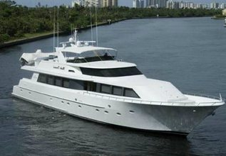 Miss Direction Charter Yacht at Miami Yacht Show 2020
