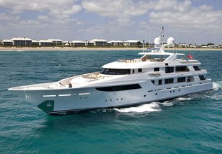 Gigi Charter Yacht at Palm Beach Boat Show 2014
