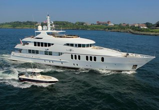 BB Charter Yacht at Palm Beach Boat Show 2014