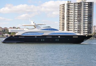 Vivere Charter Yacht at Palm Beach Boat Show 2014
