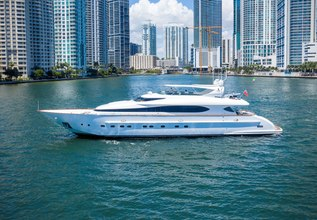 Stamos Bien Charter Yacht at Fort Lauderdale Boat Show 2019 (FLIBS)