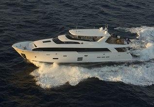 Southern Starx Charter Yacht at Yachts Miami Beach 2017