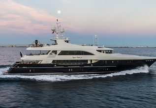Never Enough Charter Yacht at Miami Yacht Show 2018