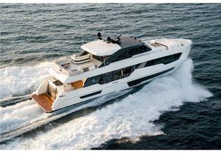 Ocean Alexander 90R03 Charter Yacht at Miami Yacht Show 2020
