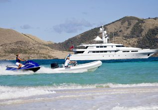 Te Manu Charter Yacht at Yachts Miami Beach 2017
