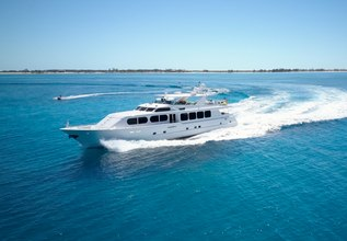 Il Capo Charter Yacht at Palm Beach Boat Show 2014