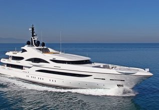 Quantum of Solace Charter Yacht at Miami Yacht Show 2020