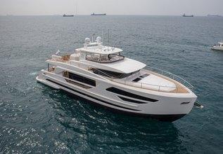 Horizon FD85/01 Charter Yacht at Palm Beach Boat Show 2018