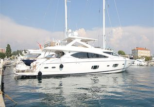 Splashed Out Charter Yacht at Miami Yacht Show 2020