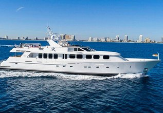 Reflections Charter Yacht at Fort Lauderdale Boat Show 2019 (FLIBS)