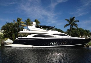 El Tio Charter Yacht at Miami Yacht Show 2020