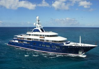 Huntress Charter Yacht at Miami Yacht Show 2020