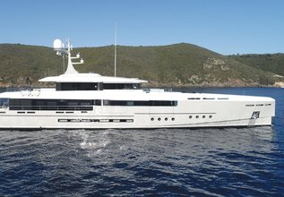 Endeavour 2 Charter Yacht at The Superyacht Show 2019