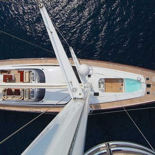 Main deck from the mast