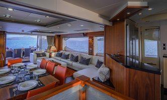 Maxxx yacht charter Sunseeker Motor Yacht