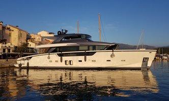 Silaos IV yacht charter Sanlorenzo Motor Yacht