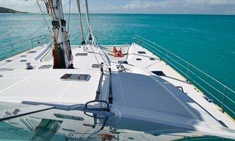 Sur L'eau yacht charter Alliaura Marine Group Motor Yacht