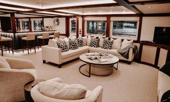 Latitude yacht charter Hitzler Werft Motor Yacht