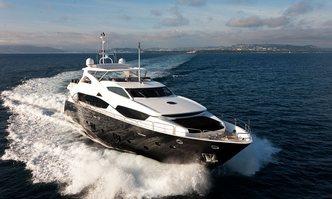 Black and White yacht charter Sunseeker Motor Yacht