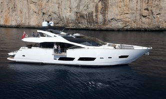 Kudos yacht charter Sunseeker Motor Yacht