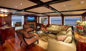 L'Albatros yacht charter Sterling Yachts Motor Yacht