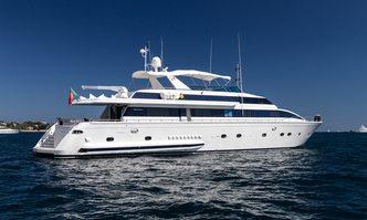 Miss Candy yacht charter Versilcraft Motor Yacht