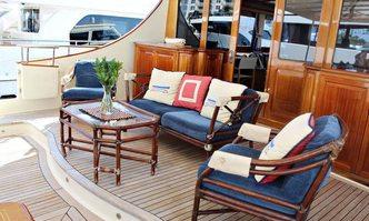 Essence of Cayman yacht charter Vicem Yachts Motor Yacht