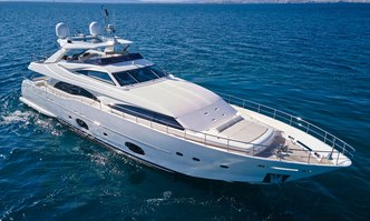 Seven S yacht charter Custom Line Motor Yacht