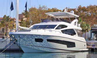 RAOUL W yacht charter Sunseeker Motor Yacht